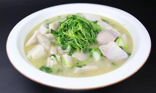 韩国秋夕节芋头汤